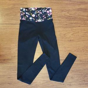 VS Skinny Leg Yoga Pants (XS)